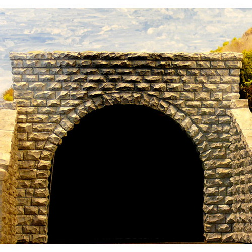 Chooch Enterprises 9750 N Cut Stone Double Track Tunnel Portal 2-Piece