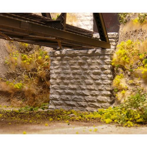 Chooch Enterprises 9840 N Single-Track Cut Stone Bridge Abutment 2-Pie