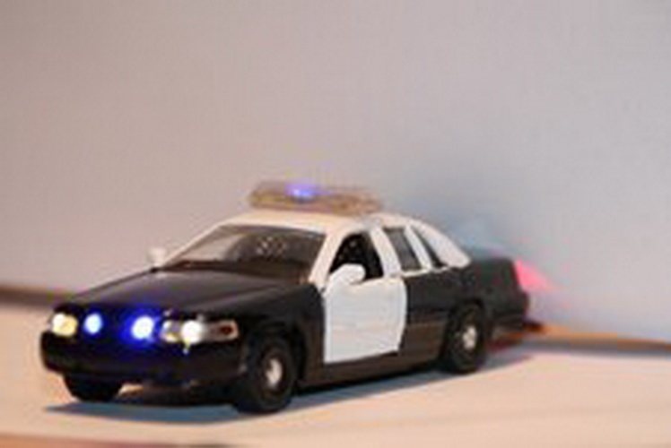 Miniatronics 100-701-01 Headlights/Tailights Control the scene! Just as the real unmarked police car, this unit will be on constant and when the need arises it can be made to flash. Easy to use, fully assembled unit. Simply mount the Yeloglo LED's for the headlights, Red LED's for taillights, and Blue LED's in the grill. Push one of the latching buttons and all come on constant. Push the second latching push button switch and the lights flash on/off, push the first button again and the lights return to constant. All of this accomplished using a ½ PC board. Unit operates off of 4 ½ VDC; triple AAA battery holder included, batteries are not included.Condition: Factory New (C-9All original; unused; factory rubs and evidence of handling, shipping and factory test run.Standards for all toy train related accessory items apply to the visual appearance of the item and do not consider the operating functionality of the equipment.Condition and Grading Standards are subjective, at best, and are intended to act as a guide. )Operational Status: FunctionalThis item is brand new from the factory.Original Box: Yes (P-9May have store stamps and price tags. Has inner liners.)Manufacturer: MiniatronicsModel Number: 100-701-01MSRP: $31.95Scale/Era: O ModernModel Type: Electronics & WiringAvailability: Ships in 3 to 5 Business Days.The Trainz SKU for this item is P11504850. Track: 11504850 - FS - 001 - TrainzAuctionGroup00UNK - TDIDUNK