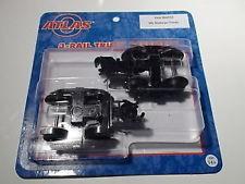Atlas 66031 O 3-Rail Roller Bearing Caboose Trucks w/Knuckle Coupler -