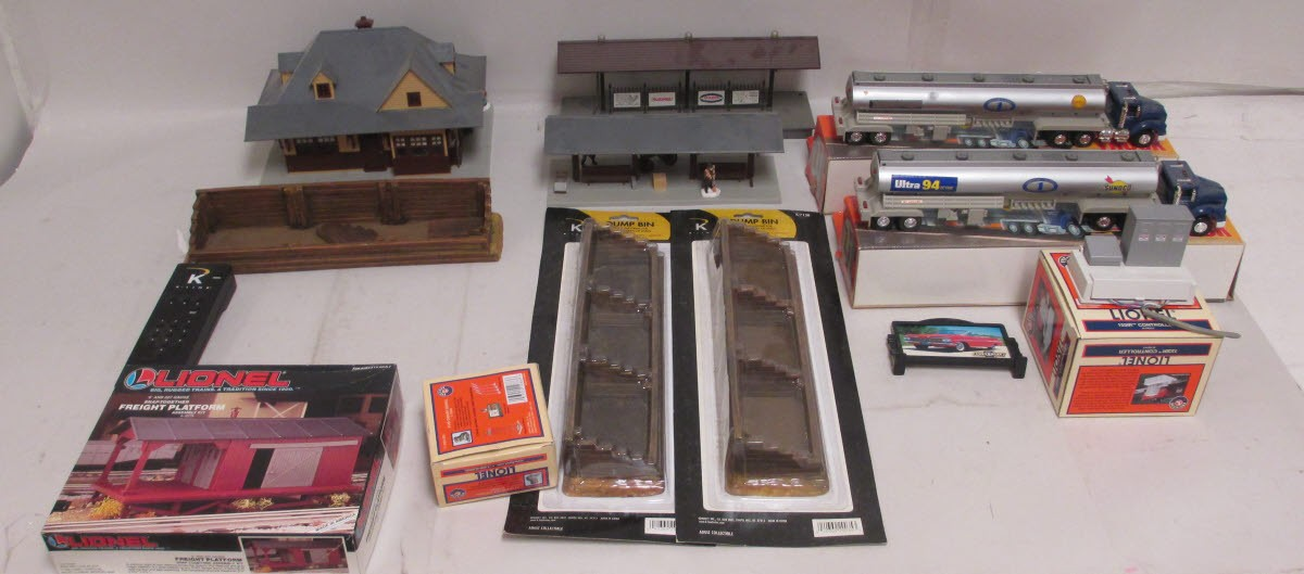 Accessories O Gauge Buildings : O scale buildings accessories controllers large lot