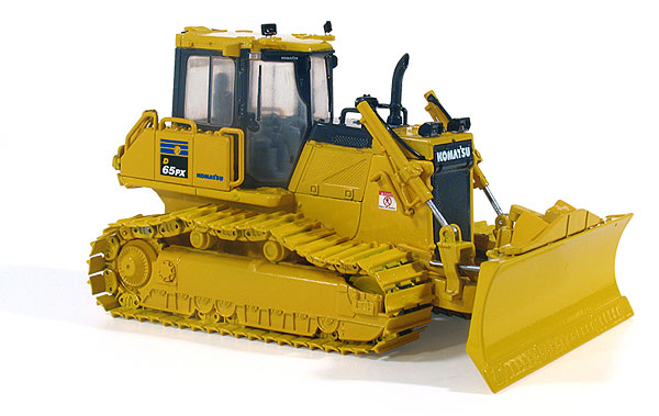 First Gear 50-3246 1:50 Komatsu D65PX-17 Dozer with Hitch