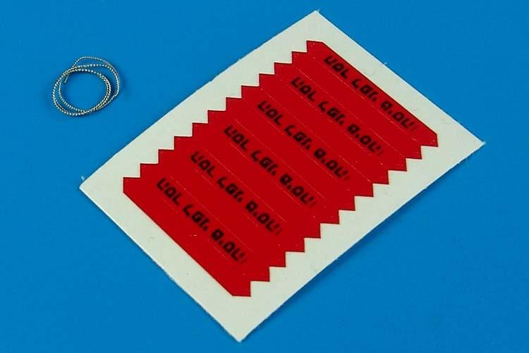 AEROBONUS 320011 1/32 Remove Before Flight Flags IDF Black Lettering (