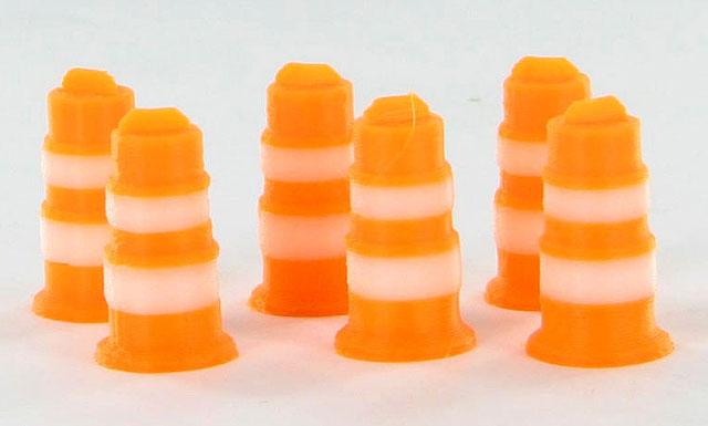 Traffic Barrels - 6 pack orange and white - ABS plastic - Made in the USA using 3D printer technologyCondition: Factory NewOperational Status: FunctionalThis item is brand new from the factory.Original Box: YesManufacturer: 3D to ScaleModel Number: 50-105-ORMSRP: $8.00Category 1: AccessoriesCategory 2: OtherAvailability: Ships in 3 to 5 Business Days.The Trainz SKU for this item is P12007822. Track: 12007822 - FS - 001 - TrainzAuctionGroup00UNK - TDIDUNK
