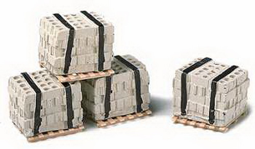 Model Railstuff 540 HO Pallets of Concrete Blocks (4)