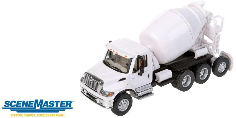 Walthers 949-11678 HO International(R) 7600 3-Axle Cement Mixer - Asse