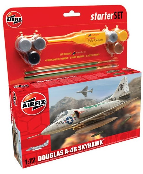 Airfix Models 55203 1:72 A4 Skyhawk Fighter Medium Starter Set w/paint