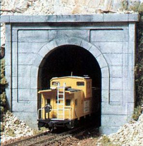 Woodland Scenics C1252 HO Concrete Single Tunnel Portal