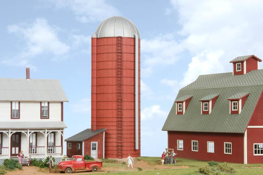 american model builders 190 ho farm silo with shed laser. Black Bedroom Furniture Sets. Home Design Ideas
