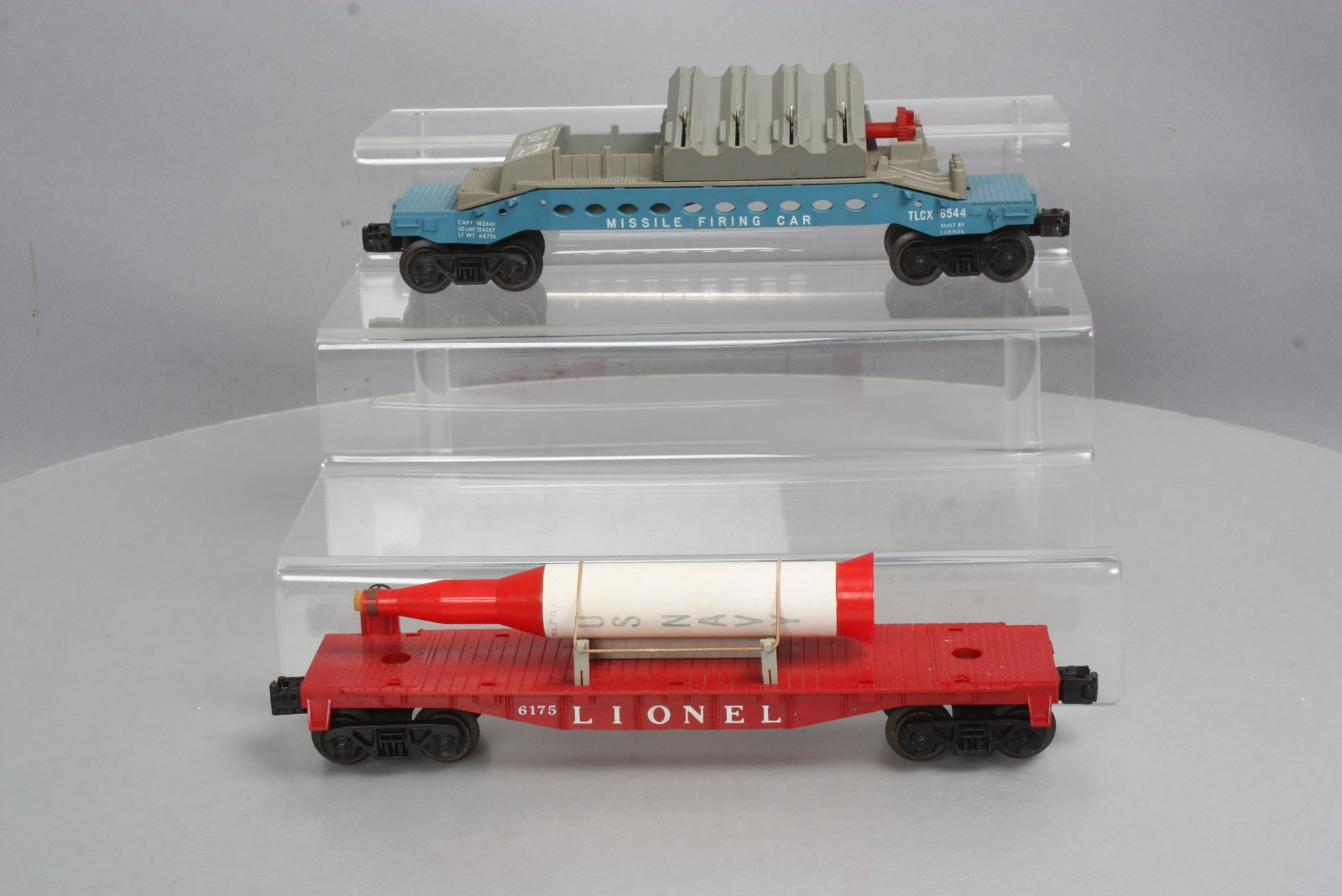 grade scale of lionel 6175 flatcar with us navy rocket amp 6544 missile 6544