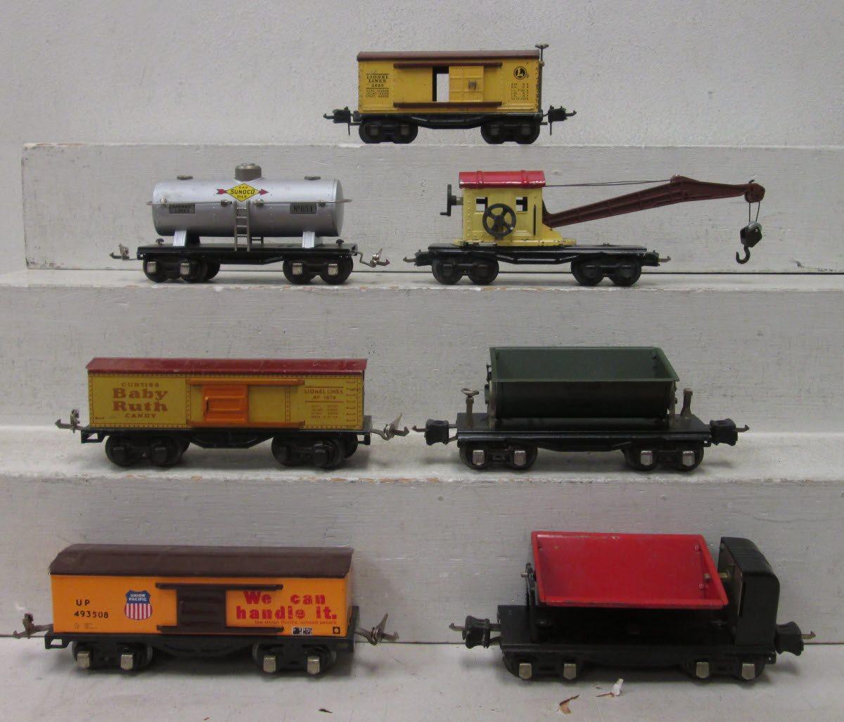 Lionel O Gauge Assorted Prewar Freight Cars: 2655, 1679