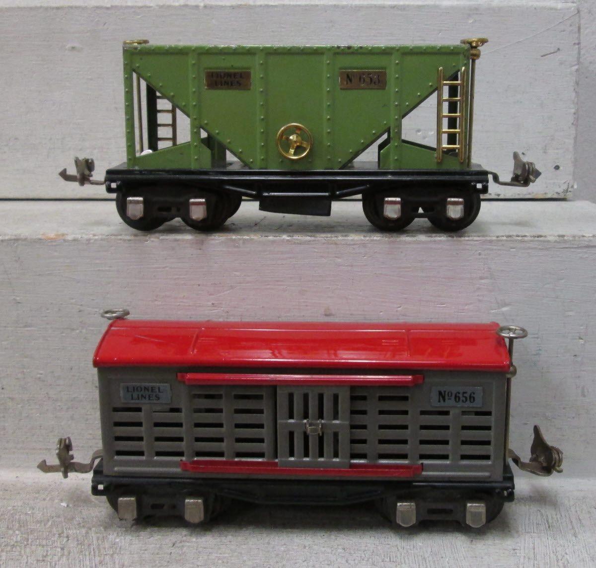 Lionel O Gauge Prewar Freight Cars: 653, 652, 655, 654